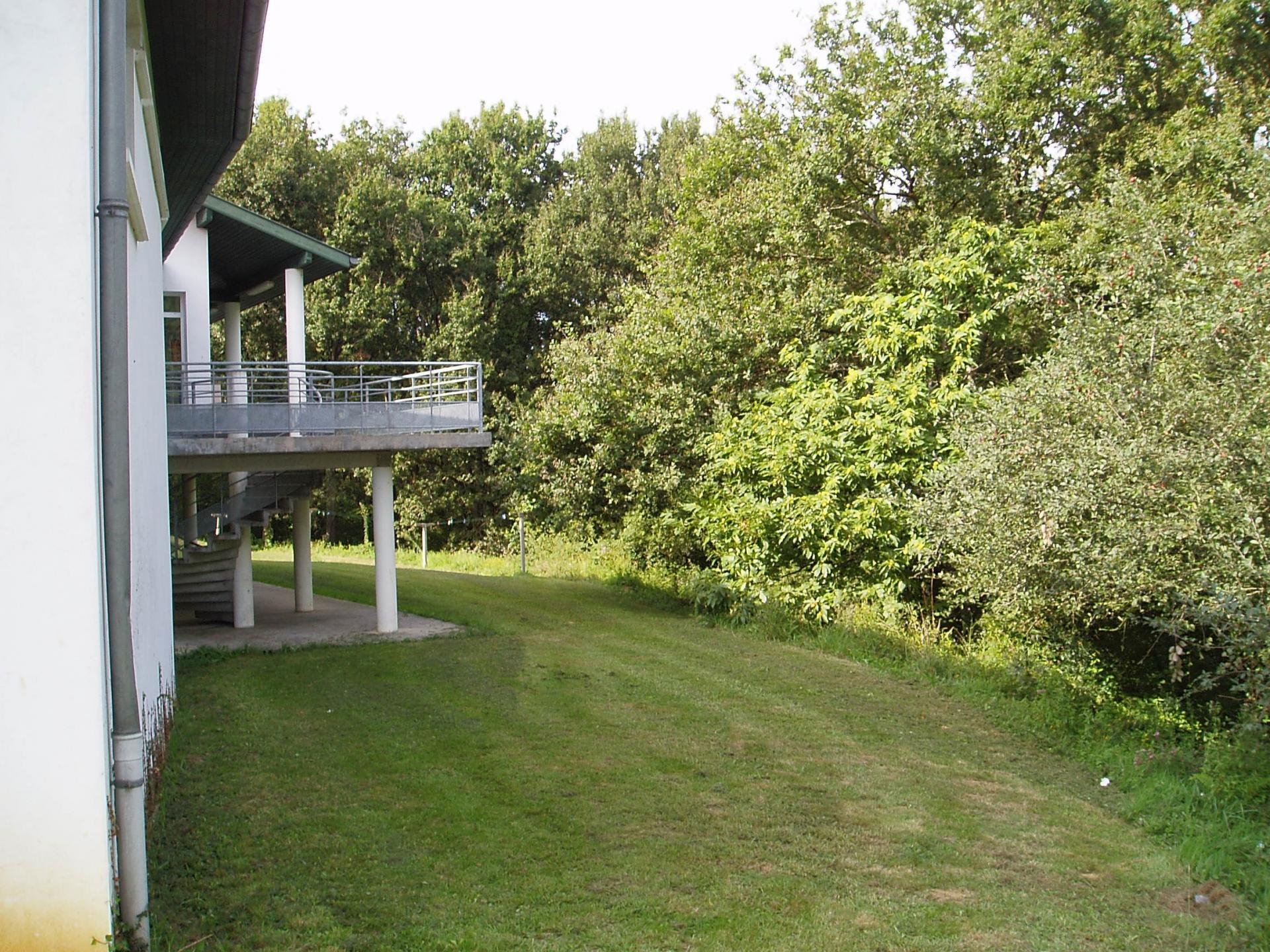 Extérieur avec terrasse